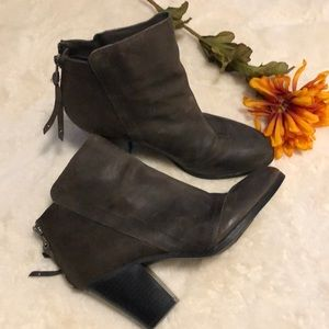 Bar lll faux leather booties